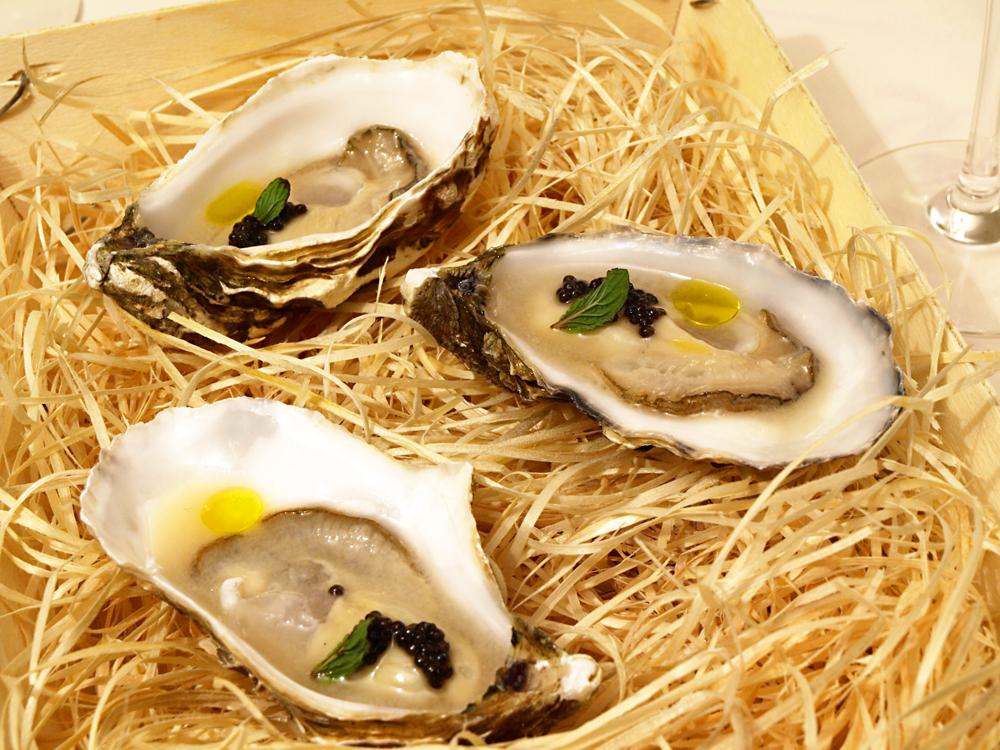 Girardeau-oysters-in-Tenerife