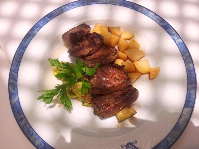 sirloin-steak-Hotel-Anthelia