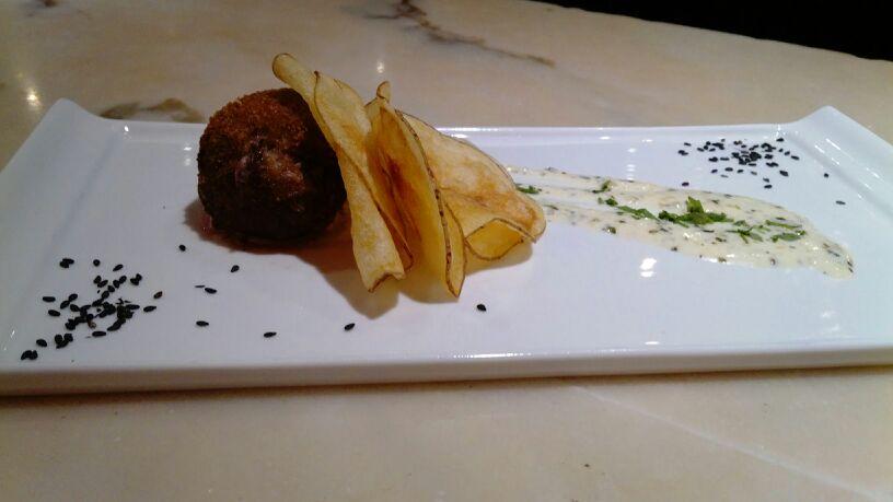Meatballs & cheese sauce - Tasca El Callejón