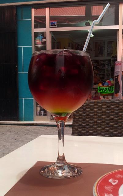 tinto-de-verano-cocktail-tenerife